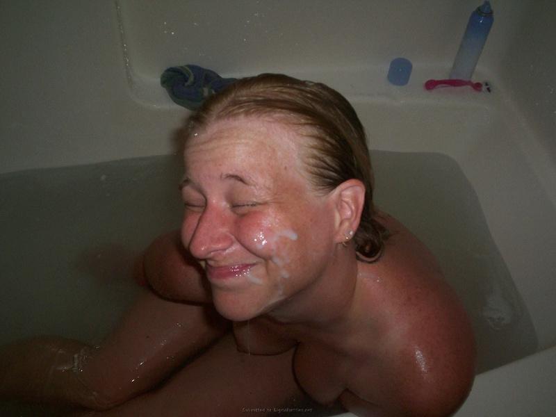 Посмаковала концом и получила спермы на лицо - секс порно фото