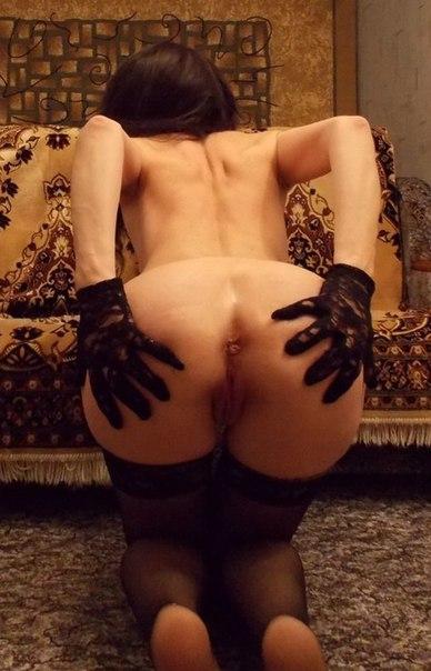 Трахают стерв в анал и письку - секс порно фото