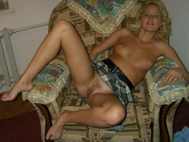 Проказницы приготовили письки для проникновения - секс порно фото